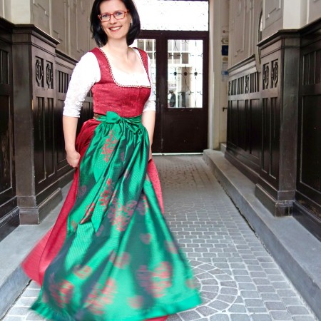 Dirndl_Styrianprincess_web1_Helga